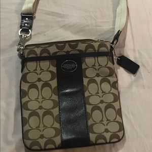 New without tags Authentic Coach swing pack bag.